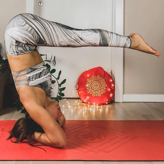 张韶涵的童颜好身材, 是这样练瑜伽保养的, 你值得学习