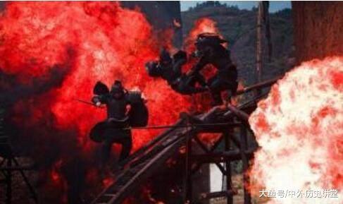 诸葛亮用过很多次火攻, 为何在火烧藤甲兵时, 垂泪长叹自己必折寿_官方博客