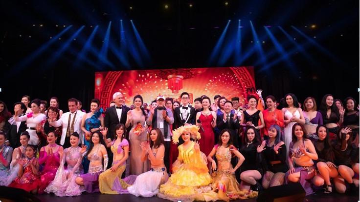 專訪第四屆《老家在中國》世界華人春晚總導演楊兵演繹春晚里的鄉情