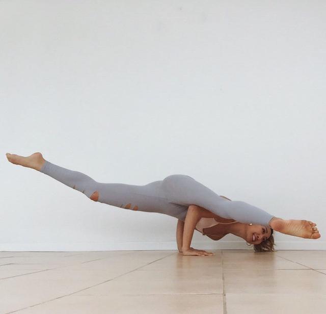 最强的增强基础代谢瑜伽体式, 延衰抗皱, 肌肤美如20岁!(图1)