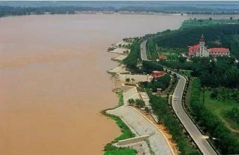 黄河百里风景区