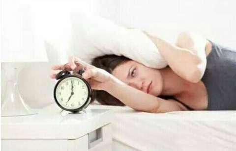不想起床睡不醒图片可爱