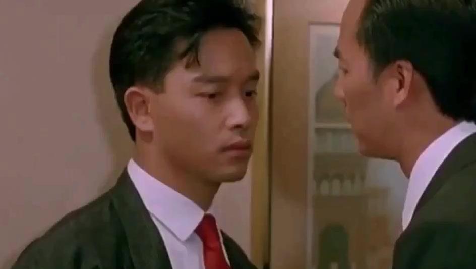 打开 为演贾宝玉,张国荣被威胁毁经典,他却因没演成而酗酒身亡