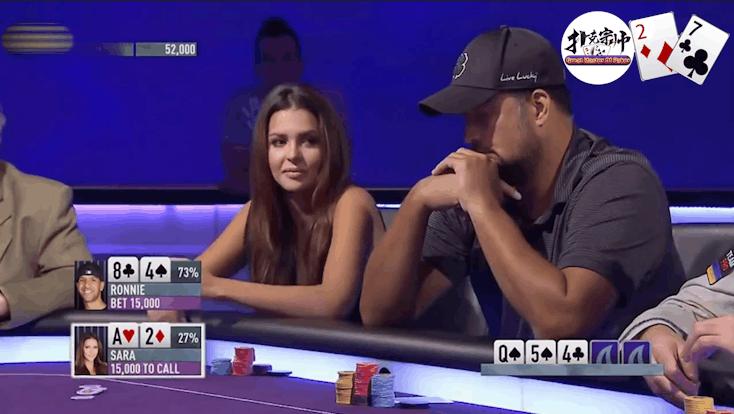 德州扑克: 谁说胸大无脑了?看美女牌手怎么把三条诈唬走!