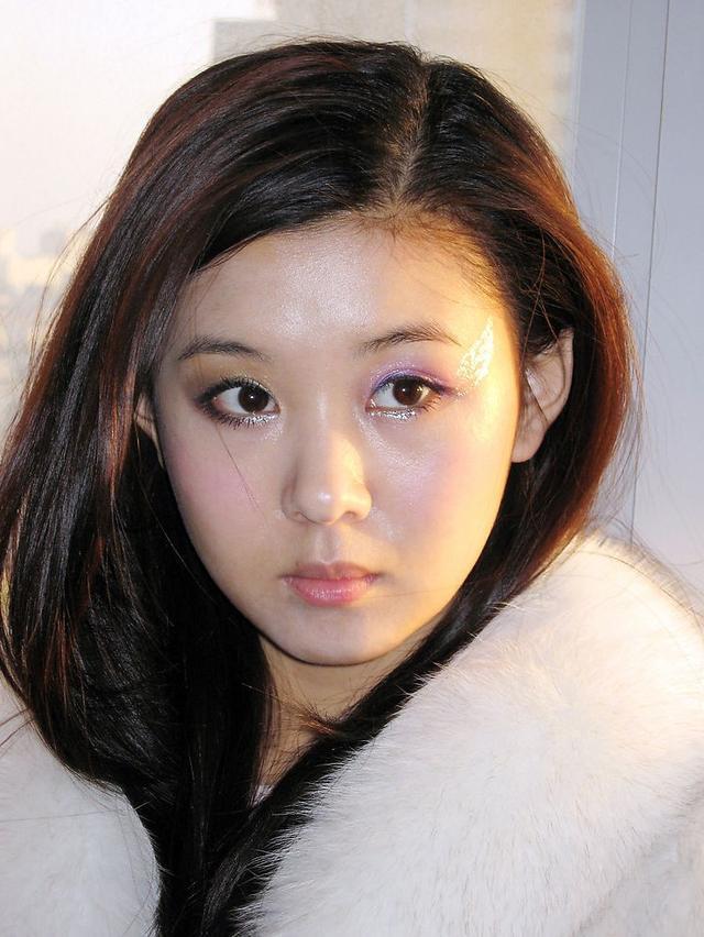 李小萌凭借《谁说我不在乎》获得第21届金鸡奖最佳女