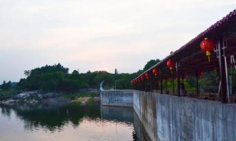 泉州玻璃桥: 南安丰州桃源玻璃桥地址 门票 交通自驾攻略