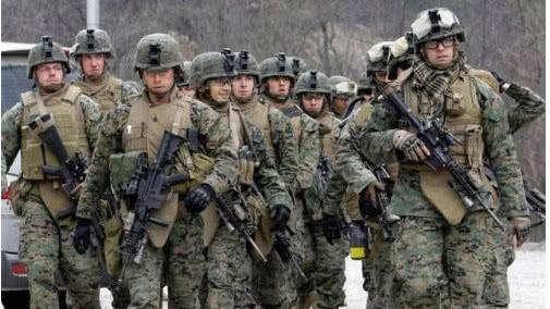 玩火自焚42000名美军集体撂挑子, 特朗普这次真的方寸大乱