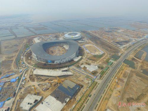 首期主要建设6万座体育场1座,1.5万座体育馆一座,辅助运动场1处.