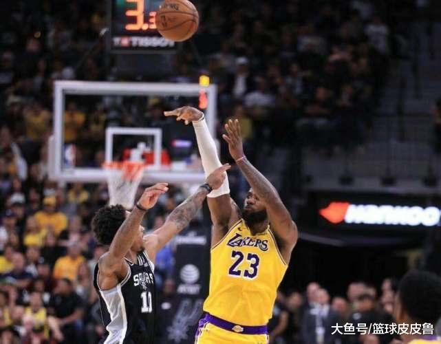 NBA最新排名:8连胜!湖人擒马刺无人能挡,3队疯狂追赶,雷霆三杀勇士!