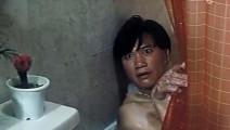 美女浴室换衣被万梓良看到,表情到位内心激情戏十足