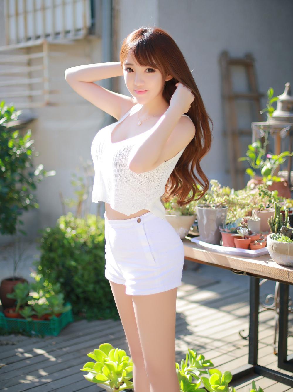 夏日里的短裤美女, 清新可人, 让人沉醉