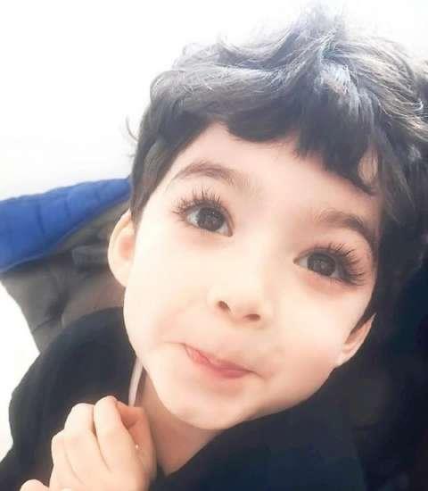 自带美颜美瞳假睫毛眼线的混血小男孩, 颜值爆棚竟然是韩国人生的