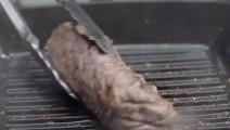 美食值得我们重温,孙红雷化身米其林大厨制作顶级惠灵顿牛排!