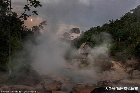 这一条河的沸腾让人们无法相信,一不小心掉进去就会成为被烫死(图5)