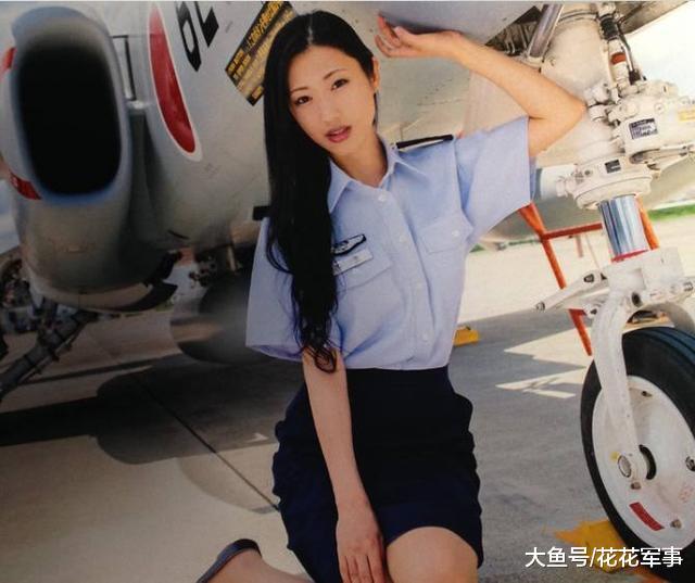 总兵力25万女兵2.8万, 入伍要求很奇葩, 很多女兵表示接受不了