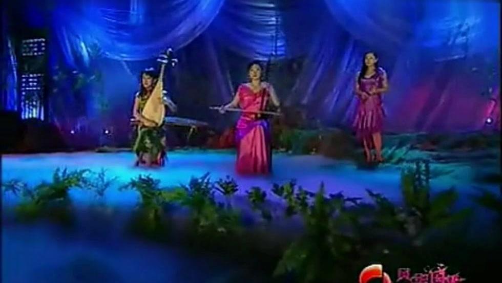 于红梅、赵聪二胡和琵琶演奏《茉莉花》愿每一天都这么美好