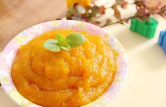 未满周岁宝宝辅食制作: 西红柿泥,南瓜泥,玉米泥
