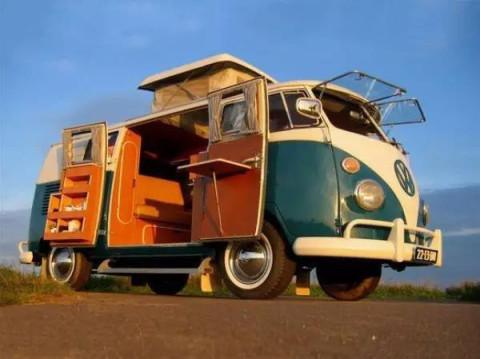 大众这款车, 是现代mvp,面包车,野营车的老前辈!