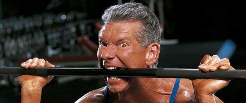 WWE董事长不为人知的故事! 曾被人陷害, 儿子在中国当老板