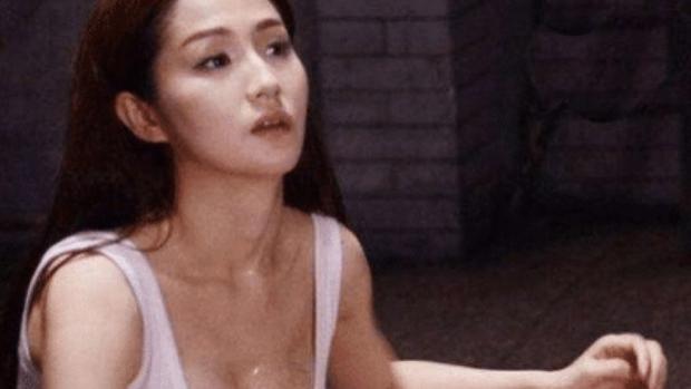 """她年輕時是""""人間尤物"""",43歲依舊風韻猶存,僅憑一部作品就翻紅"""