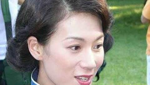 TVB一姐 宣萱死对头, 三进三出娱乐圈, 患病几近毁容, 今仍单身