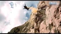杰森斯坦森这段完全是抄袭成龙的跳热气球啊,十分精彩