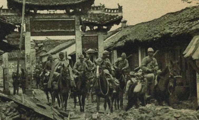 日本这弹丸之地, 为何敢对中美苏三大国发动战争? 我们被骗了那么久!