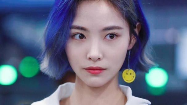 许佳琪是歌手还是演员,演绎技巧值得夸赞,期待她有更好的表现