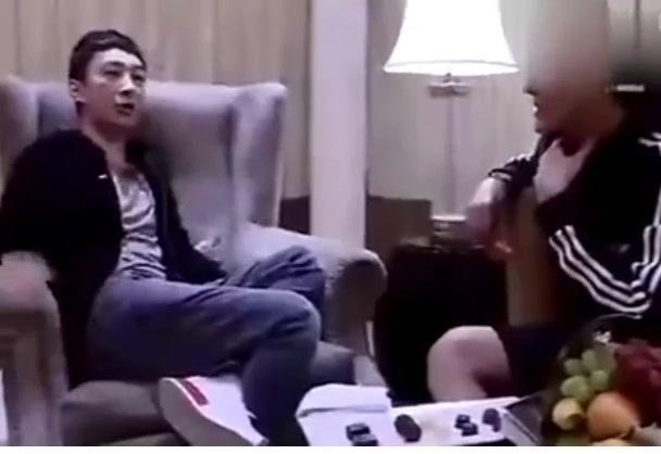 王思聪给吴亦凡介绍女朋友,并说女主播千千万万随便挑