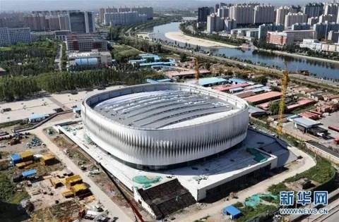 63万平方米,位于河北省张家口市经开区老鸦庄镇的河北北方学院体育馆