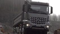 看了这个视频,觉得奔驰卡车卖几百万都不算贵