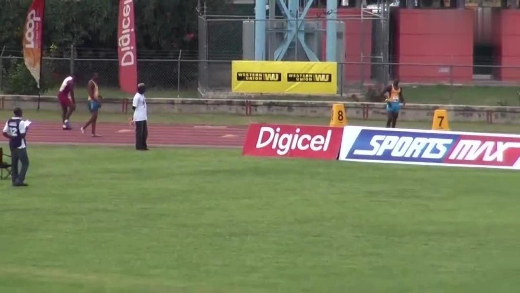 这孩子很可能成为继博尔特之后的牙买加短跑名将!这速度很有天赋!