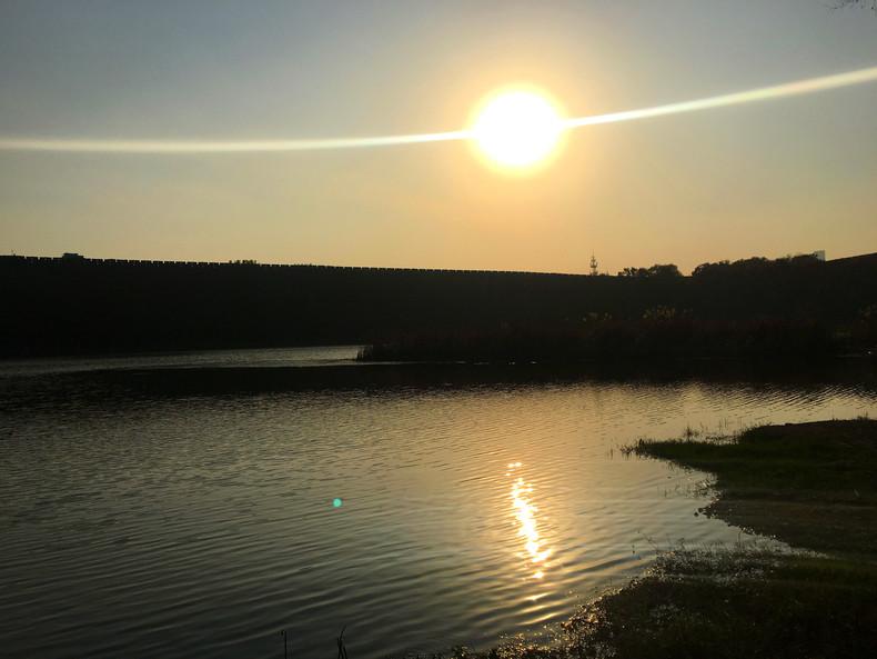 琵琶湖其实在钟山风景区众多水系中还是能排上名次的,但是相比于前湖