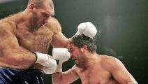 地球最恐怖的拳王!俄国巨人体积是泰森两倍,比赛就像大人打小孩