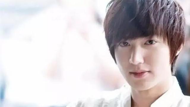 这张亚洲首富脸, 韩剧里怕是很难看到他穷困潦倒了