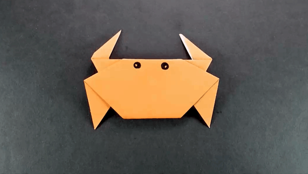 手工diy折纸视频#晨习夜读 打开 儿童手工动物折纸diy,用一张正方形纸