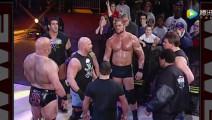 """当年WWE""""冷石""""奥斯汀到底有多大牌?几十位选手没人敢挡道,如黑社会大哥!"""