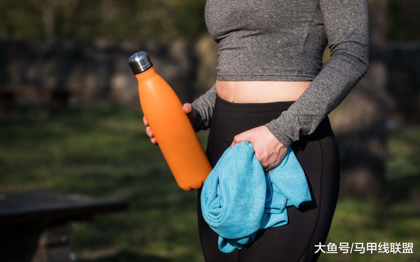 运动过程中, 出汗等于减肥? 流汗越多, 减脂效果越好?