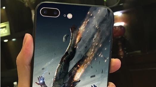 """千篇一律的手机, 配上专属""""保护壳"""", 炫酷美观还防摔"""