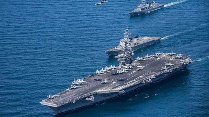 朝波斯湾发射一枚导弹, 美舰不远处, 击沉目标 伊朗挥起第一板斧,