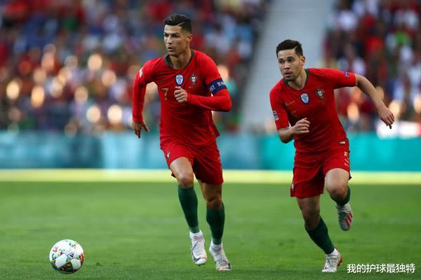 26岁的格雷罗也是C罗的国家队队友,2场比赛打进3球,比哈兰德还要火热(图4)