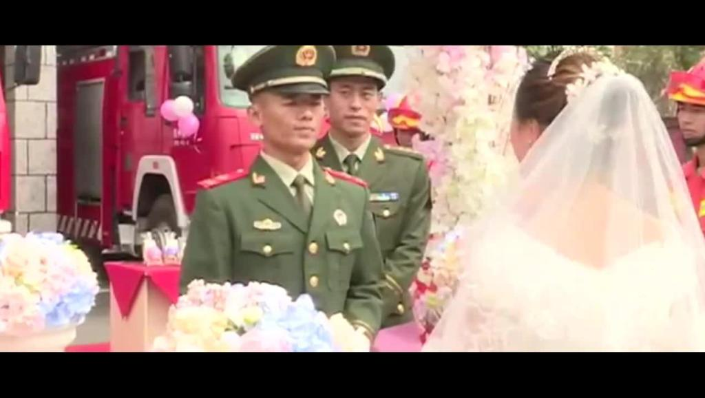 美丽教师千里赴军营,嫁值班消防员