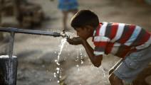 印度严重缺水,被逼急发明黑科技,向空气要水!