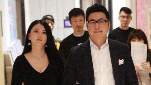王岳倫只導了4部電影, 為何被稱著名導演? 網友: 著名和導演是分開的