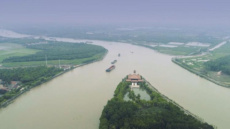 黃橋村位于松江浦南地區,屬于泖港鎮中西部,地處三江匯流之處,是