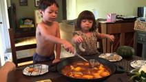 原来老外吃火锅是这样一种体验,四川人看完都笑了