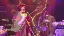 永远的黄家驹,女生翻唱经典歌曲《光辉岁月》非常好听