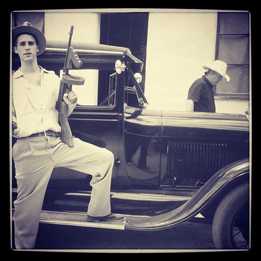哈根米斯举枪自尽,等知名美剧的好莱坞男星哈根米斯,年得29岁(图3)