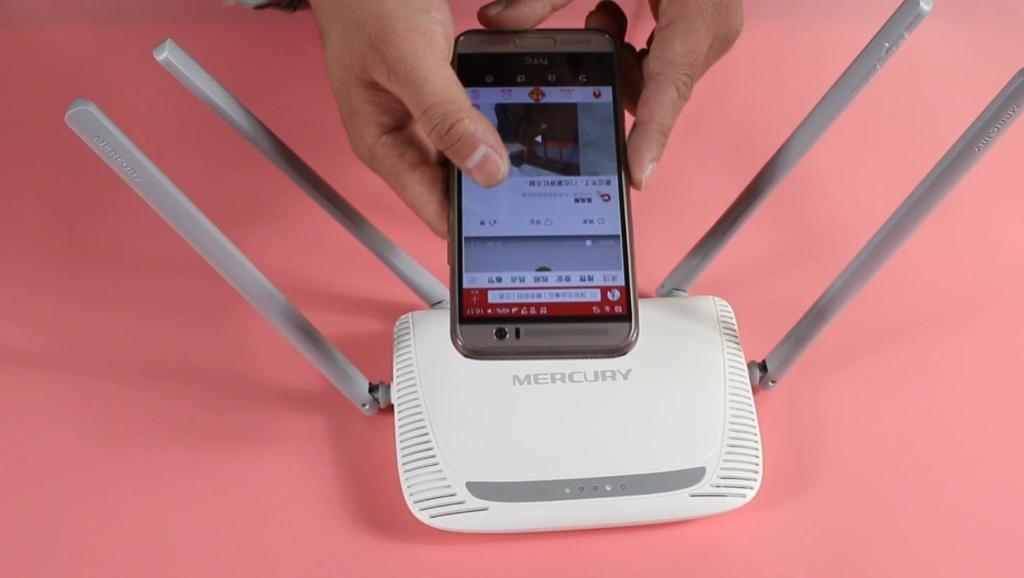 家里WiFi网速慢?路由器上绑一个它,网速提高好几倍,看完赶紧试试
