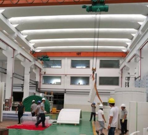 临沂极地海洋世界工程新闻 亚克力玻璃到场安装